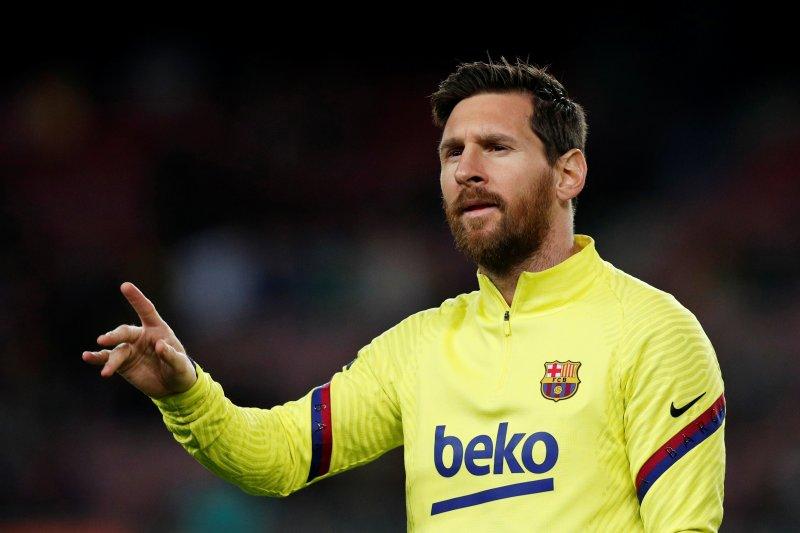 Lionel Messi paksa diri terus bermain meski kesakitan