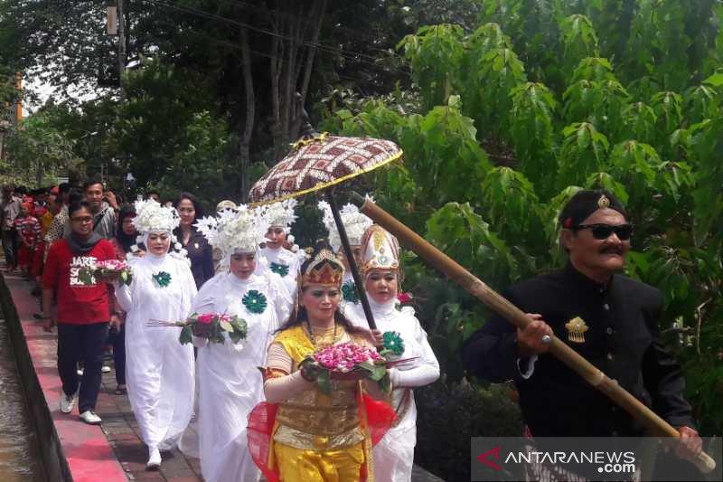 Hari Pers di Magelang diwarnai kirab budaya
