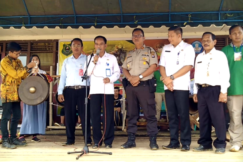 Penyelenggaraan festival seni dan budaya diharapkan beri manfaat bagi pelajar di Kapuas