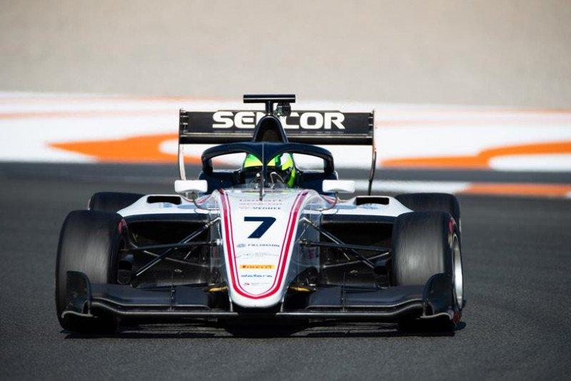 Putra Ralf Schumacher, turun satu musim penuh di F3