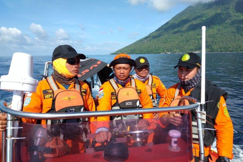 Basarnas Manado menghentikan pencarian orang loncat ke laut