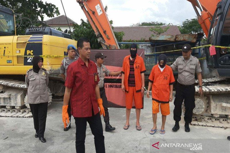 Polisi tutup pabrik penambangan batu tak berizin di Jalan Wonosari-Bedoyo