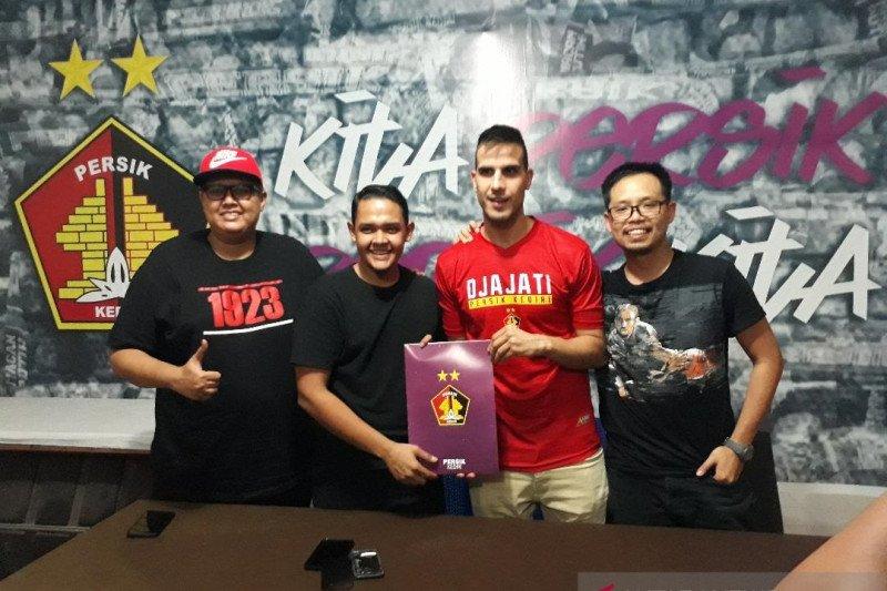 Persik Kediri kontrak Ante Bakmaz