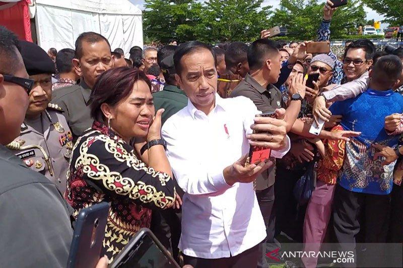 Jokowi dukung adanya regulasi untuk lindungi Pers Nasional