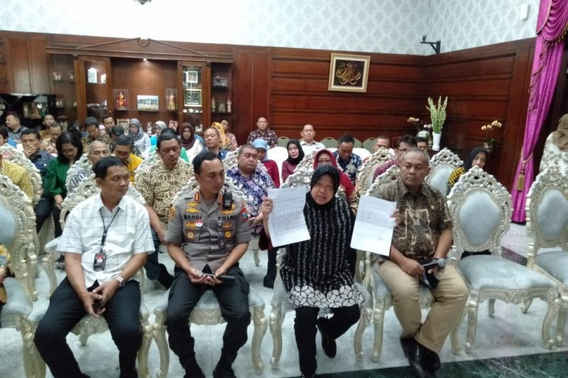 Wali Kota Surabaya cabut laporan terhadap penghinanya di medsos