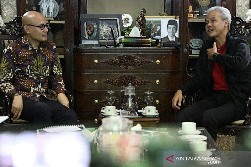 Ganjar Pranowo ditawari membuka warung kopi di Paris