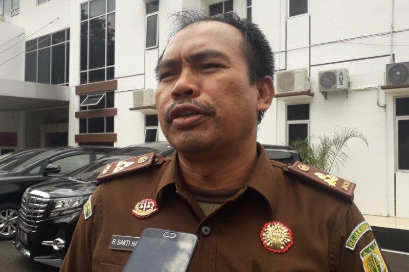 """Kejagung proses oknum Kejari Lampung Utara dalam kasus """"fee"""" proyek"""