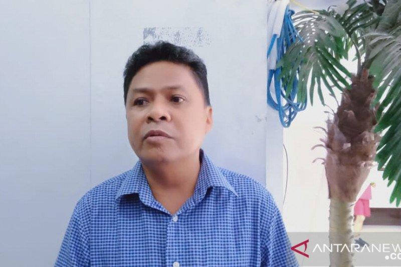 Legislator Wahid Ibrahim desak pemkot Manado bongkar portal di pasar bersehati