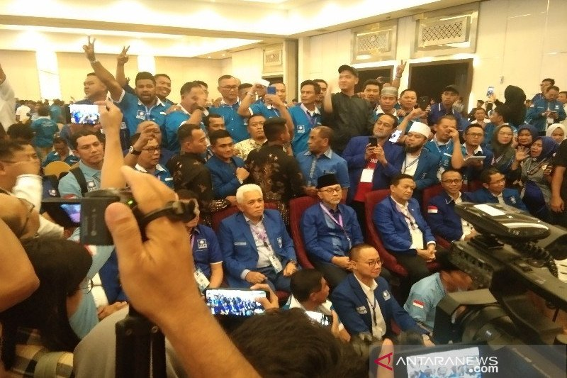 Zulkifili Hasan terpilih Ketua Umum DPP PAN