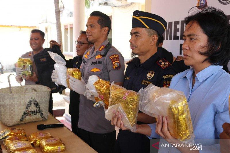 Pengiriman 14 kilogram sabu-sabu di Dumai digagalkan