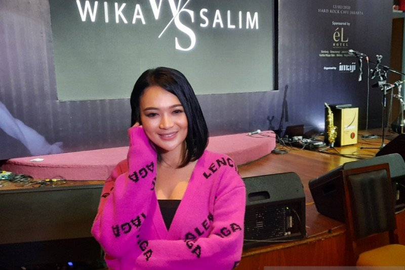 Walau rilis lagu pop, Wika Salim ngaku tetap setia musik dangdut
