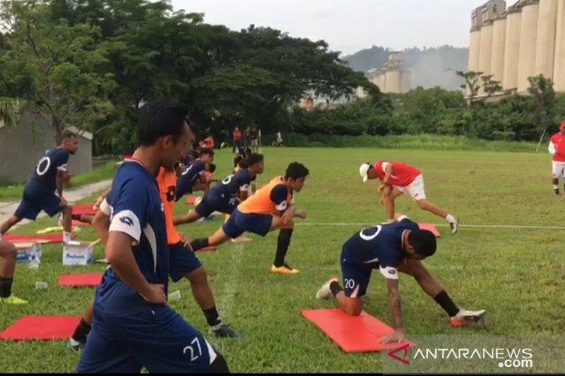 Semen Padang liburkan tim hingga kompetisi Liga 2  bergulir