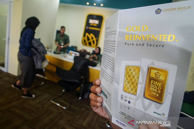 Harga emas Antam naik Rp5.000 per gram jadi Rp788.000