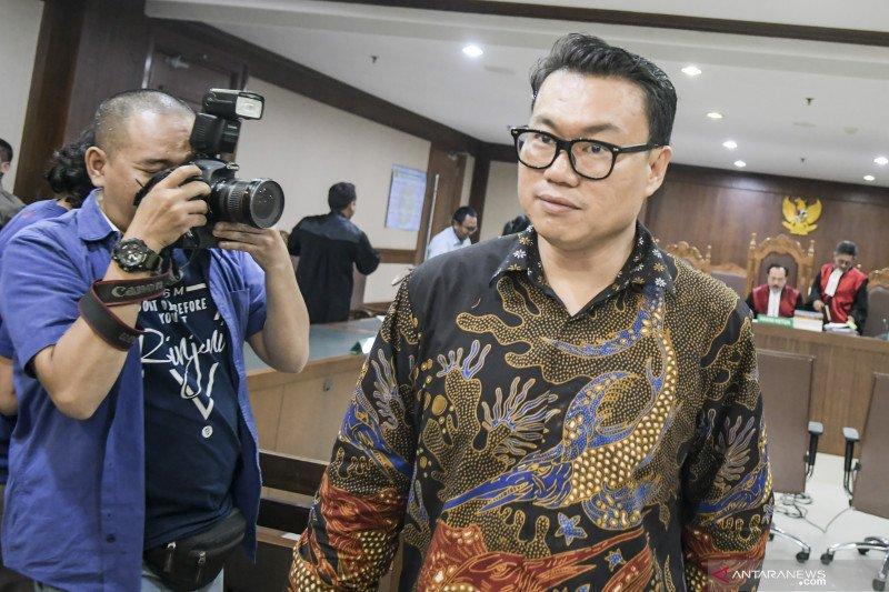 Terima gratifikasi, eks Dirut Perindo Risyanto Suanda dituntut 5 tahun penjara