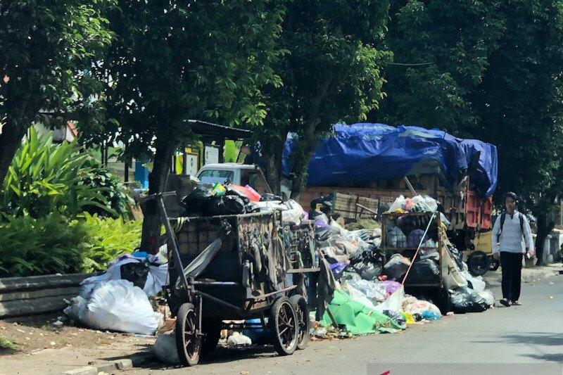 Yogyakarta memastikan pembuangan sampah ke TPA Piyungan tetap lancar