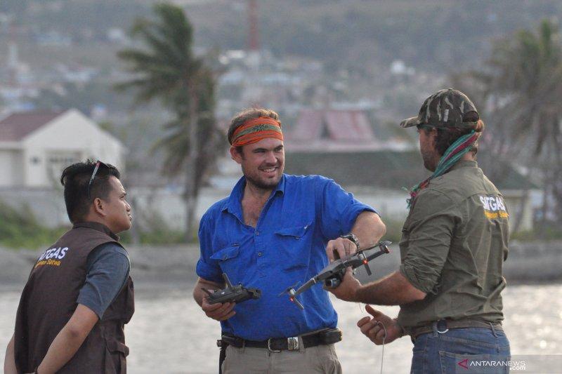 Tim gunakan drone untuk selamatkan buaya berkalung ban