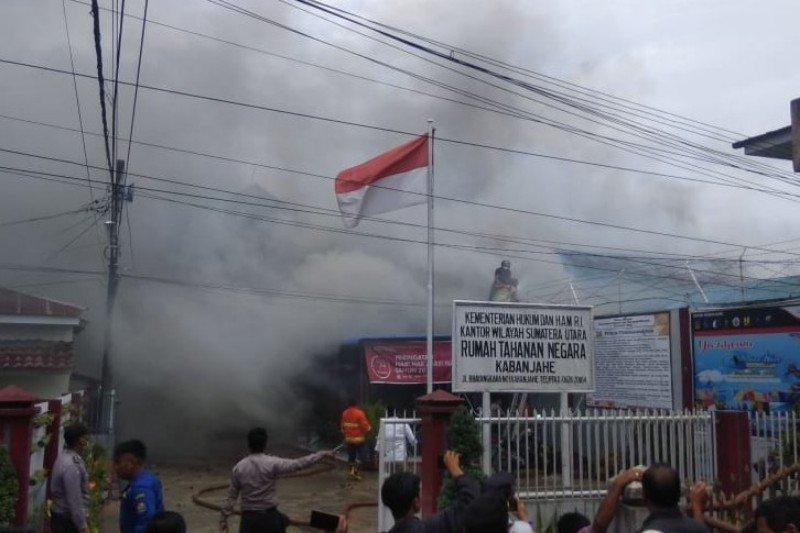 Pasca-kerusuhan dan pembakaran, napi Rutan Kabanjahe dipindahkan ke lapas Medan