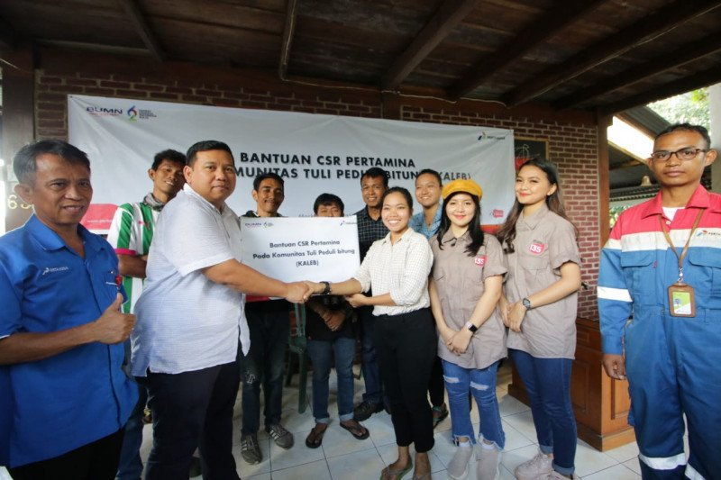 Pertamina MOR VII berikan bantuan CSR Komunitas Tuli Peduli Bitung