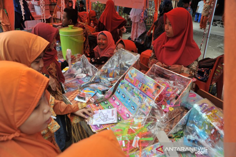 Enterpreneur day SDIT Al Furqon Palembang