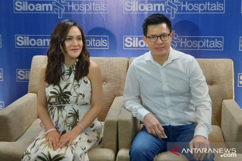 Shandy Aulia lahirkan bayi perempuan lewat operasi sesar