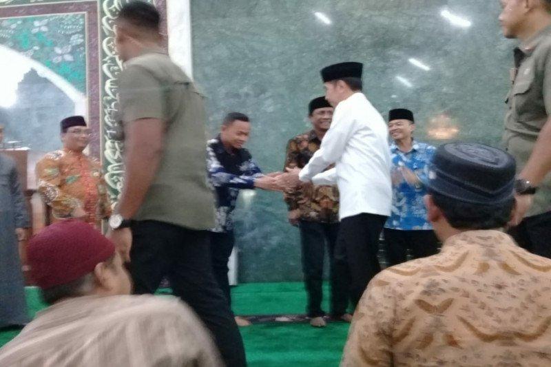 Presiden Joko Widodo shalat Jumat di Masjid Agung Sudirohusodo Sleman