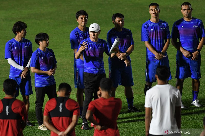 Shin Tae-yong panggil tiga pemain yang bermain di tim luar negeri TC timnas U-19