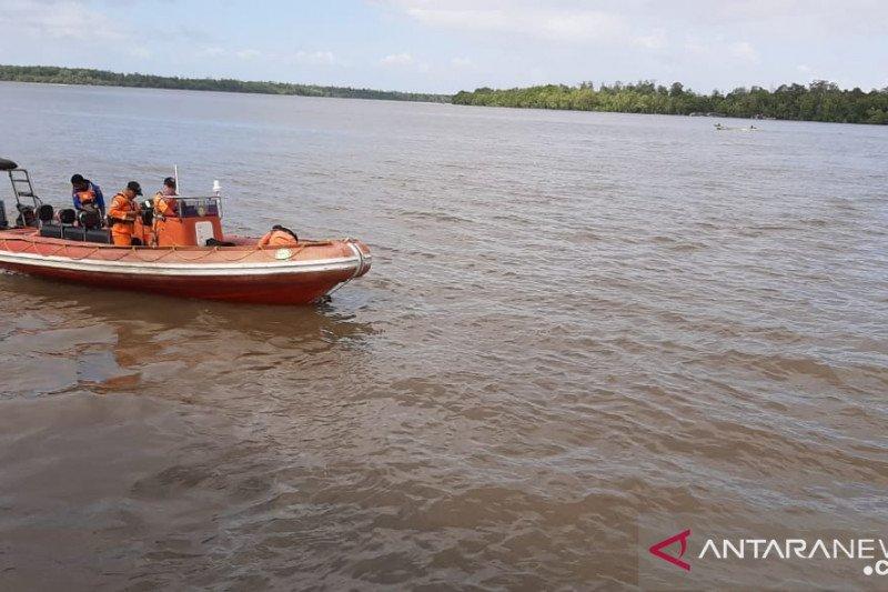 Tim SAR masih cari Leonard Messi tenggelam di Distrik Sawaerma