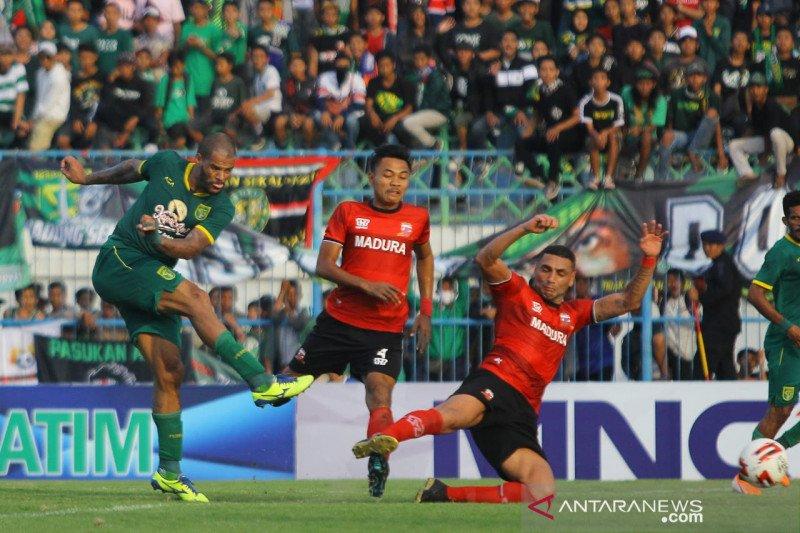Persebaya kalahkan Madura United 4-2