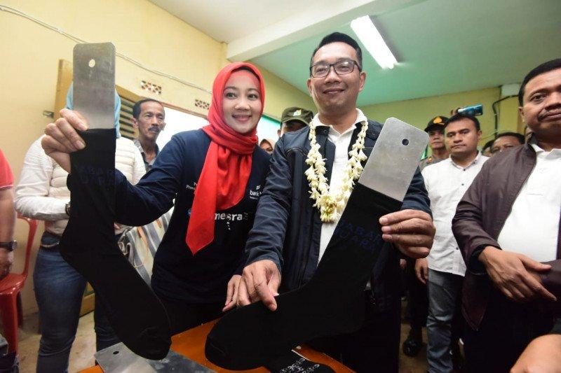 Inovasi dan kolaborasi kunci sukses pengembangan kampung kaus kaki di Sumedang