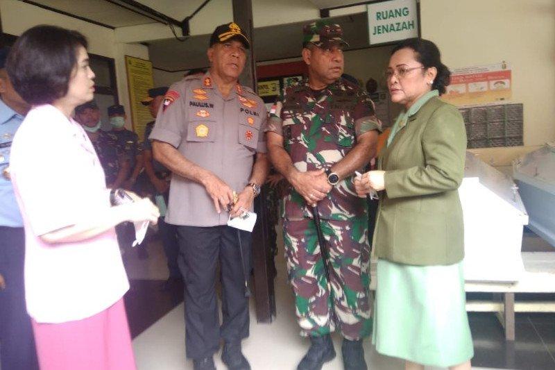 Tim DVI Polda Papua identifikasi 12 jenazah korban helikopter Mi-17