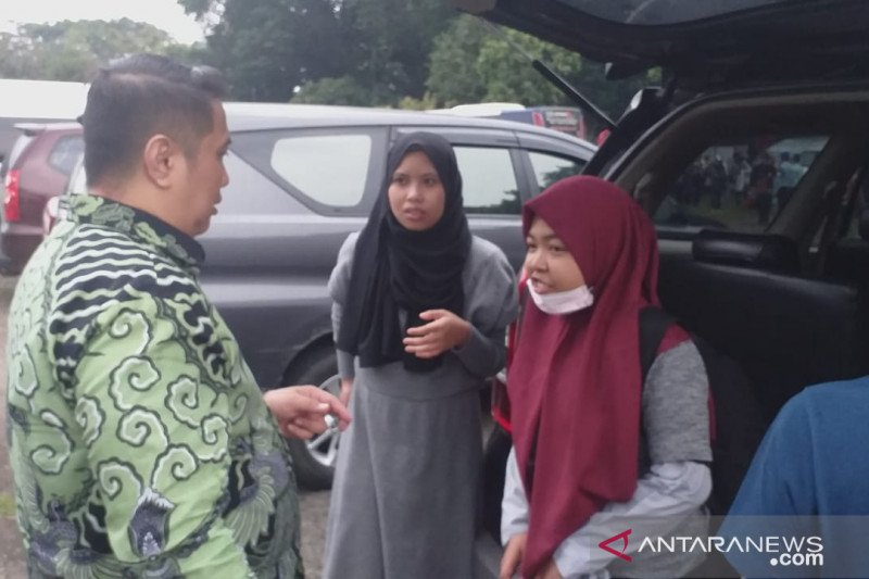 Cerita tiga mahasiswa usai dari Wuhan China