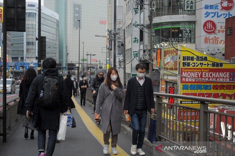 Masker tak seratus persen tangkal virus corona
