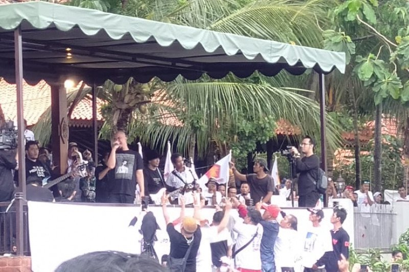 Ahmad Dhani konser meriahkan HUT DPD Gerindra Banten
