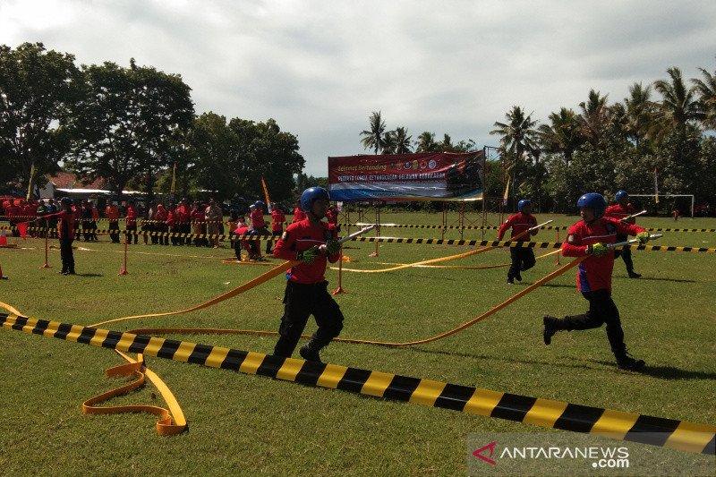 Tim sukarelawan DIY-Jateng adu ketangkasan padamkan kebakaran