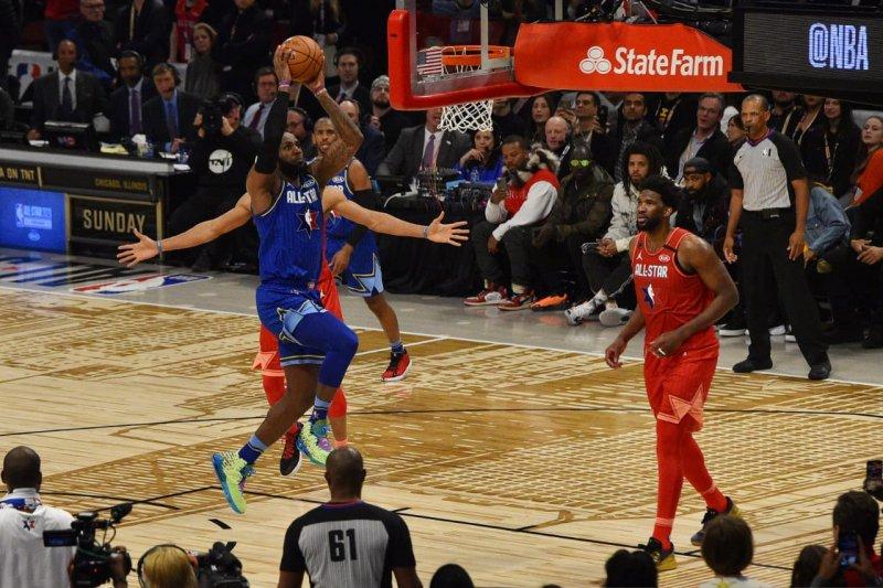 Tim LeBron menang atas tim Giannis di NBA All Star pada laga sengit
