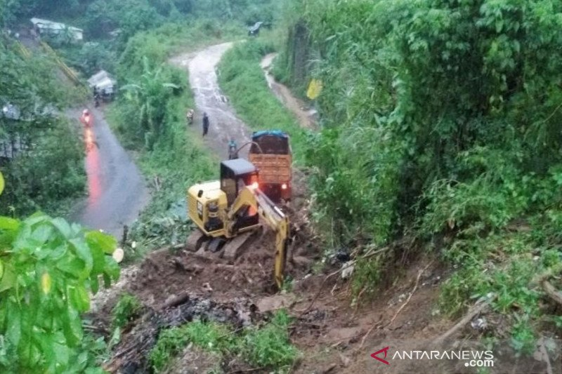 BPBD:Banjir dan longsor terjadi di Kabupaten Bandung dan Bandung Barat