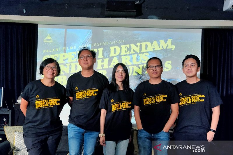 """Novel """"Seperti Dendam, Rindu Harus Dibayar Tuntas"""" diangkat ke layar lebar"""