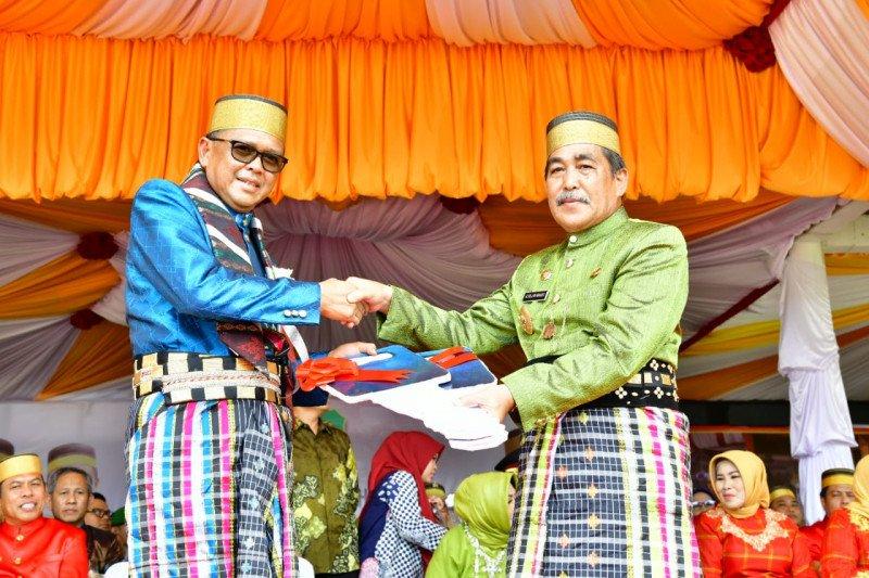 Pemprov Sulsel berikan bantuan kepada Kabupaten Sidrap Rp45,3 miliar