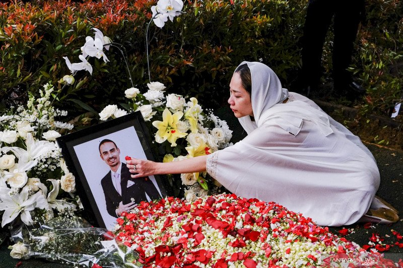 Mengenang Ashraf Sinclair, cinta sejati BCL