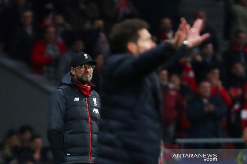 Klopp ogah tiru gestur Simeone untuk pancing semangat suporter