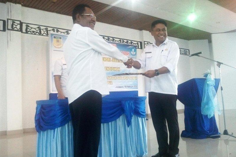 Pemprov Papua berharap Disdik sukseskan  pelaksanaan ujian nasional