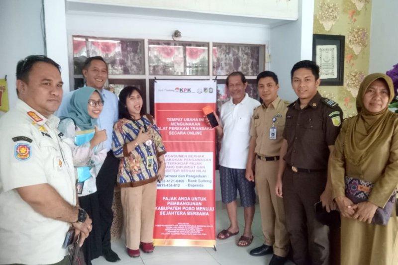 Bank Sulteng Poso pasang alat perekam pajak daerah