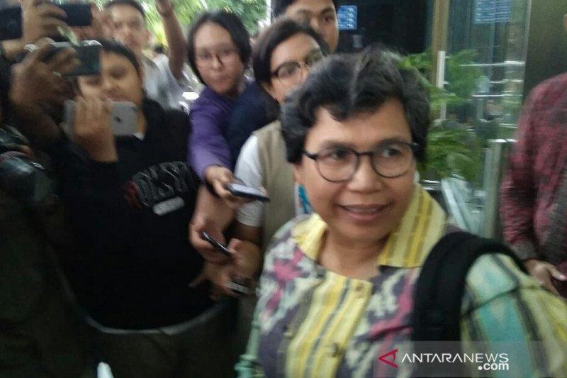 """Dituding takut tangkap eks Sekjen MA, Lili KPK: """"Ngawur"""""""
