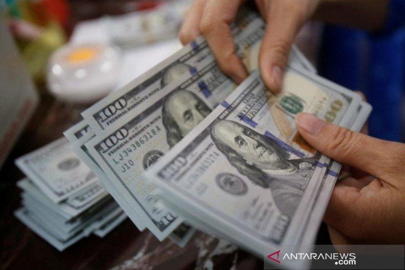 Kurs dolar AS jatuh Rabu pagi