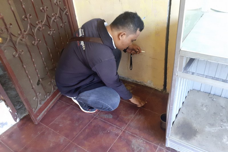 Dinas ESDM pastikan tanah keluarkan panas di Padang akibat kabel listrik bermasalah