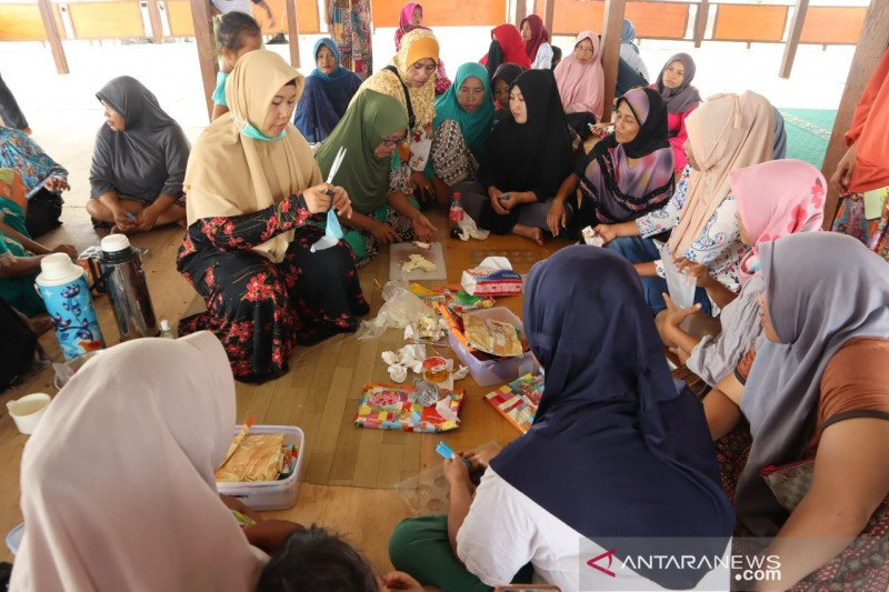 ACT latih penyintas bencana Sigi buat makanan olahan cokelat