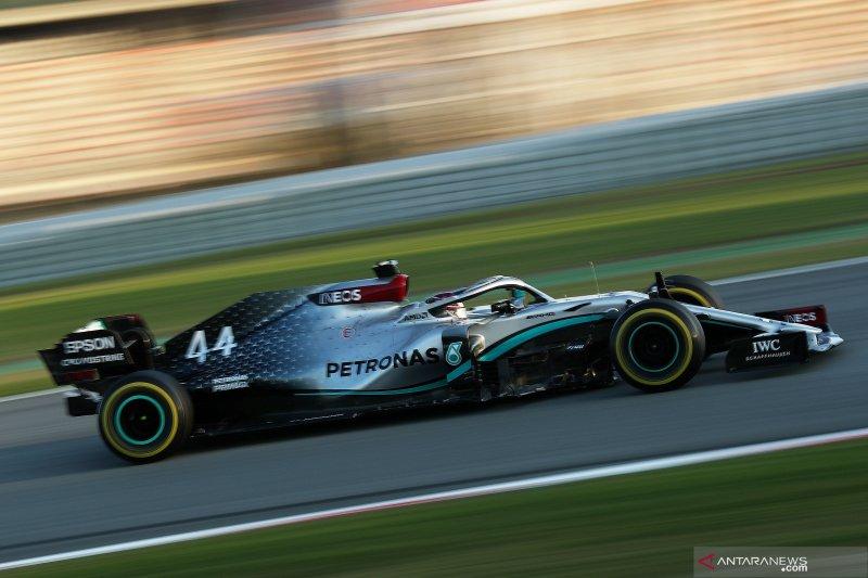 Mercedes jadi tercepat pada pekan pertama tes Barcelona