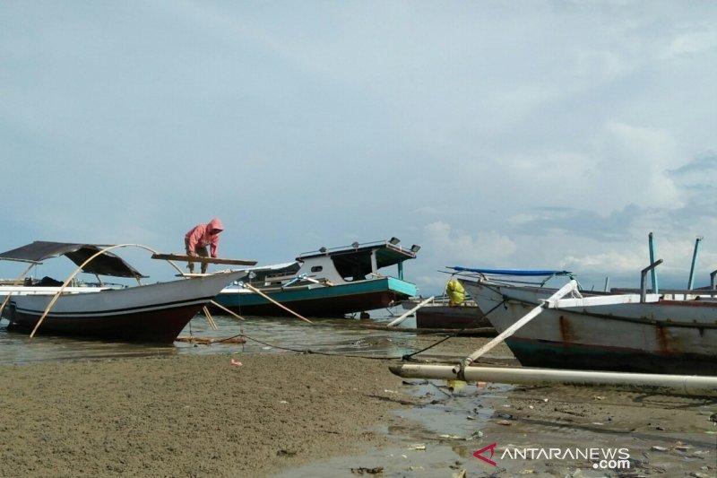 Pemkab Parigi Moutong  berharap nelayan berpikir lebih maju