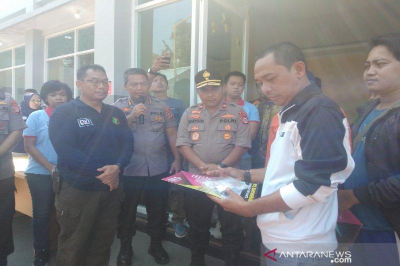 Wakapolda DIY serahkan dua jenazah korban susur sungai SMPN 1 Turi ke keluarga
