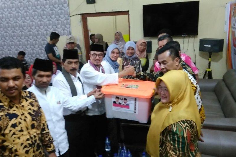 Tiga pasangan calon perseorangan telah serahkan dukungan ke KPU Bukittinggi
